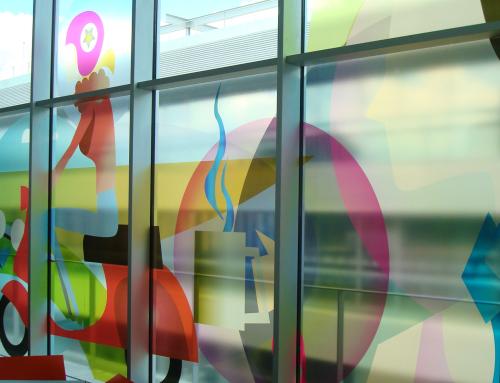 Transparent window film (3) with printed design