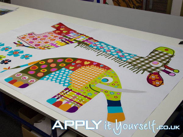 wall sticker, kids room, very large, animals, cut-to-shape, giraffe, elephant, white border
